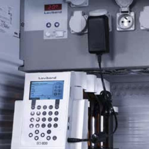 термостат за БПК с включена система